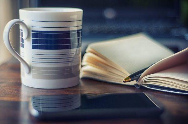 オフィスでコーヒー