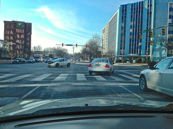 交差点の運転