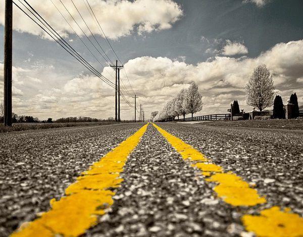 道路の境界線