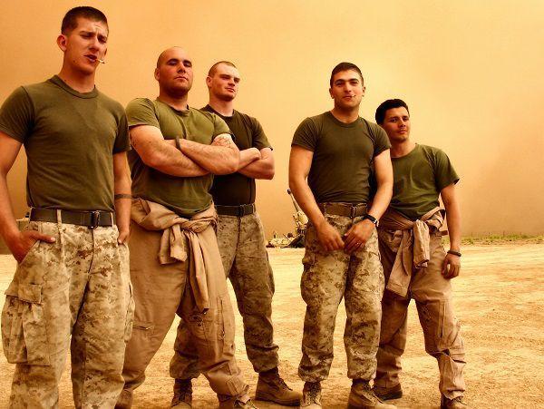 不安を知らぬ兵士たち