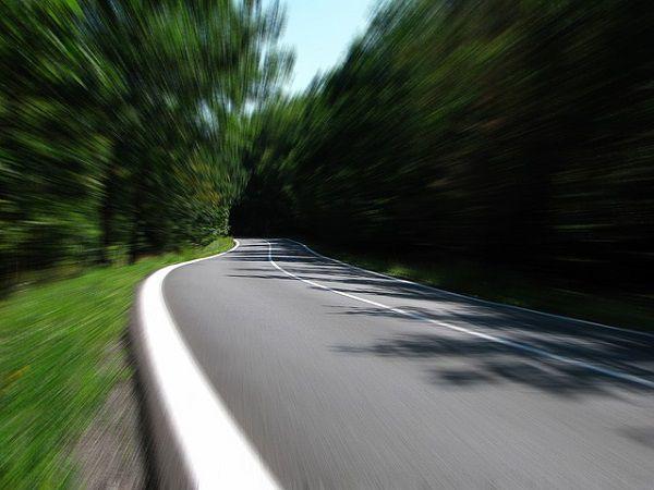 スピード感のあるドライブ