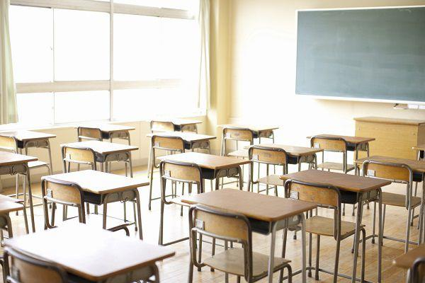 空っぽの教室