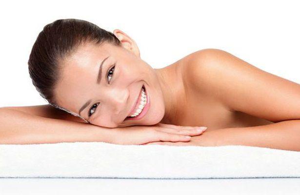 入浴剤は優しいタオルで拭き取る