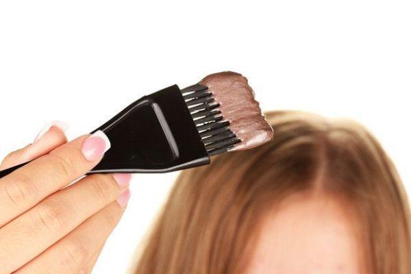 安いカラーリング剤は薄毛の原因