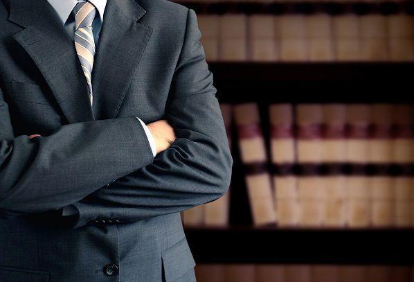 弁護士に依頼する