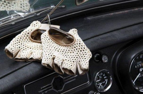 ドライビング手袋