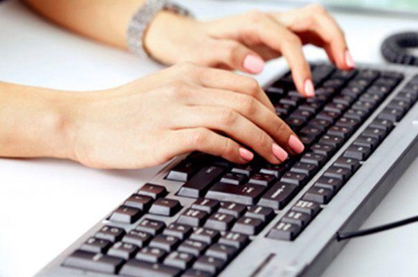 パソコンと手汗