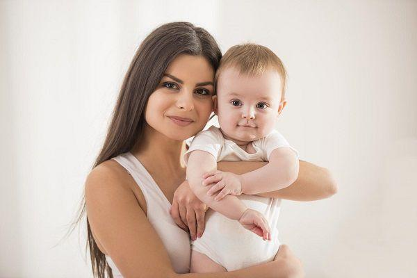 ママと赤ちゃん1