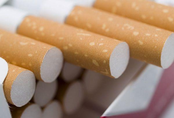 タバコのカートンをプレゼント