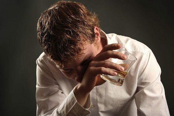 アルコール依存の旦那