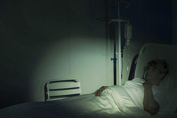夜勤帯の病室