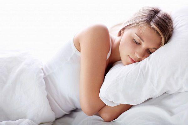 寝起きの乾燥肌